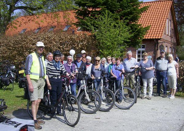 Die Radwandergruppe aus Ihlow freut sich über Teilnehmer jeden Alters